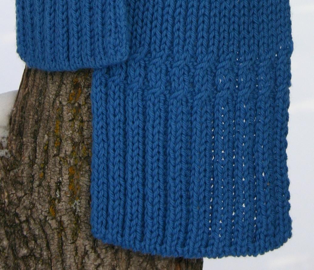 A new scarf pattern: Shifting Ribs   Natalie Servant Designs
