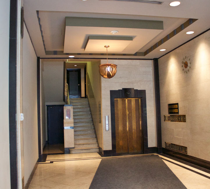 109 Bank St Deco lobby