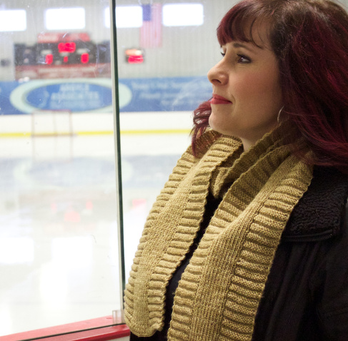 Hockey Scarf by Natalie Servant in Sweet Paprika Yarns Messa di Voce (Café au Lait)