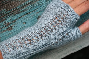 Mica Mitts by Laura Nelkin