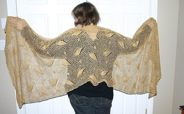 La Traviata pattern by Marianne Kinzel