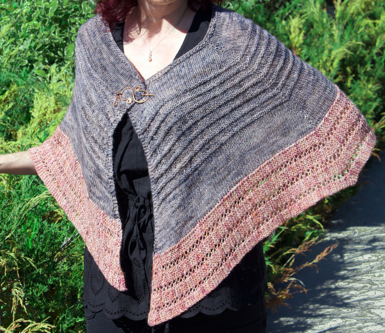 Marie Curie shawl by Natalie Servant